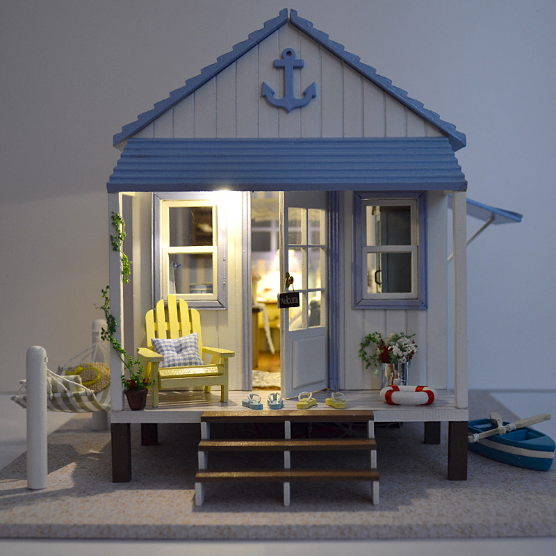 Dollhouse kit furniture dolls houses diy handmade wooden for Doll house lighting