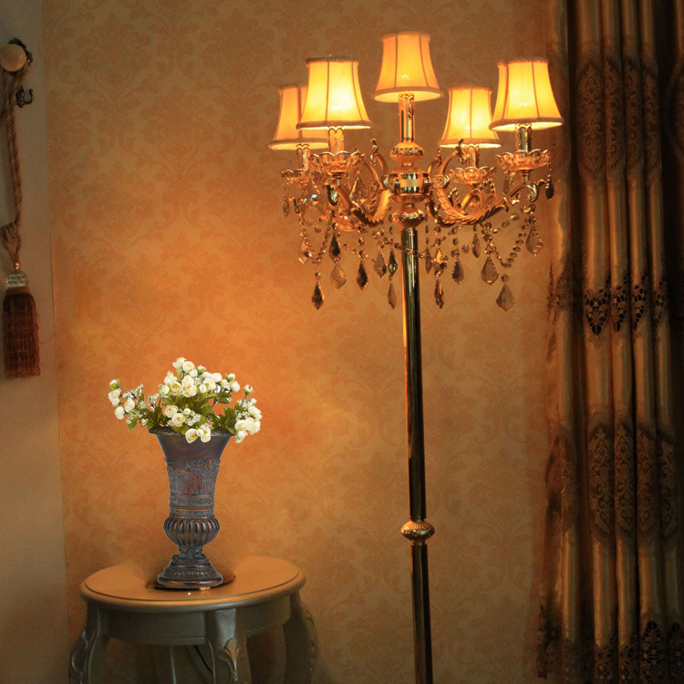 Gold antique floor lamp bedroom gold vintage crystal floor light with lampshade contemporary floor lights weddinhg candlestick(China (Mainland))