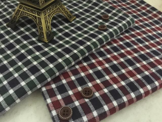 pf44 TWILL Sanded Cotton fabric cloth textile tartan small square winter coat fabric retail or wholesale green red 50cm x 145cm(China (Mainland))