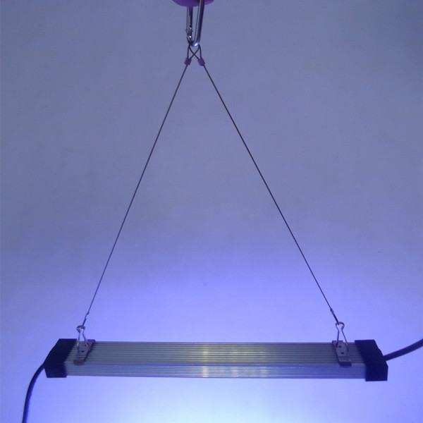 30cm Waterproof under water UV LED aquarium light 18W 6pc 3w chip fresh/salt water fish plant/coral reef growth aquatic Lamp bar(China (Mainland))