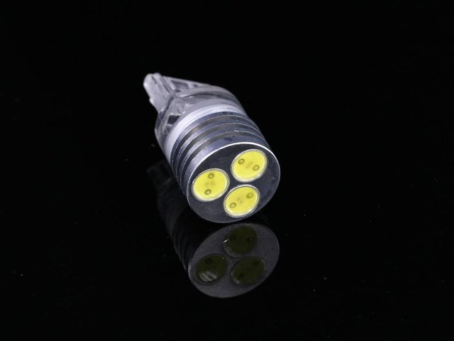 LED auto light;1.5W T20/7443-Dual Wedge Base;please advise the color you need;P/N:ZY-T20/7443-3X0.5