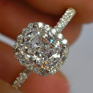 Brilliant Luxur... 1 Carat Cushion Cut Halo Engagement Ring