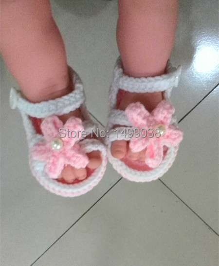 2015 New design Crochet Cotton shoes for girls Baby Crochet Shoes Knitted Footwear First walkers 2 differents shoes a lot(China (Mainland))