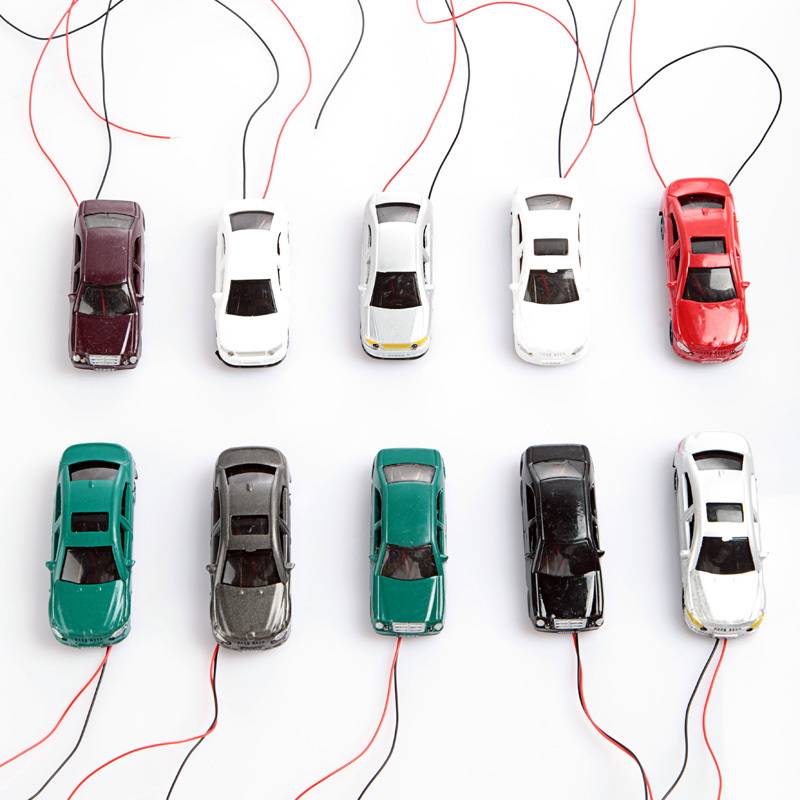 10Pcs OO Scale 1:75 Flaring Light Painted Model Cars with Wires Model Flaring Cars(China (Mainland))