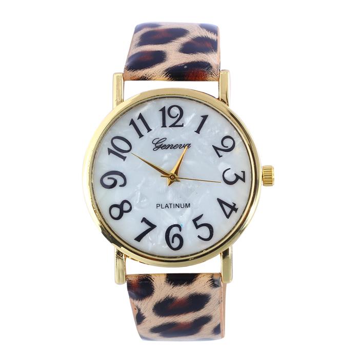 Гаджет  2015 Geneva Leopard Quartz watch Women Fashion Casual Leather strap Wrist watches relojes Clock Hour relogio feminino QXQ None Часы
