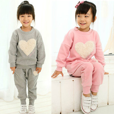 2015 Hot Sale Girls suits t-shirt + pants suit pink love heart-shaped gray Kids clothes Leisure sports suit Free Shipping<br><br>Aliexpress