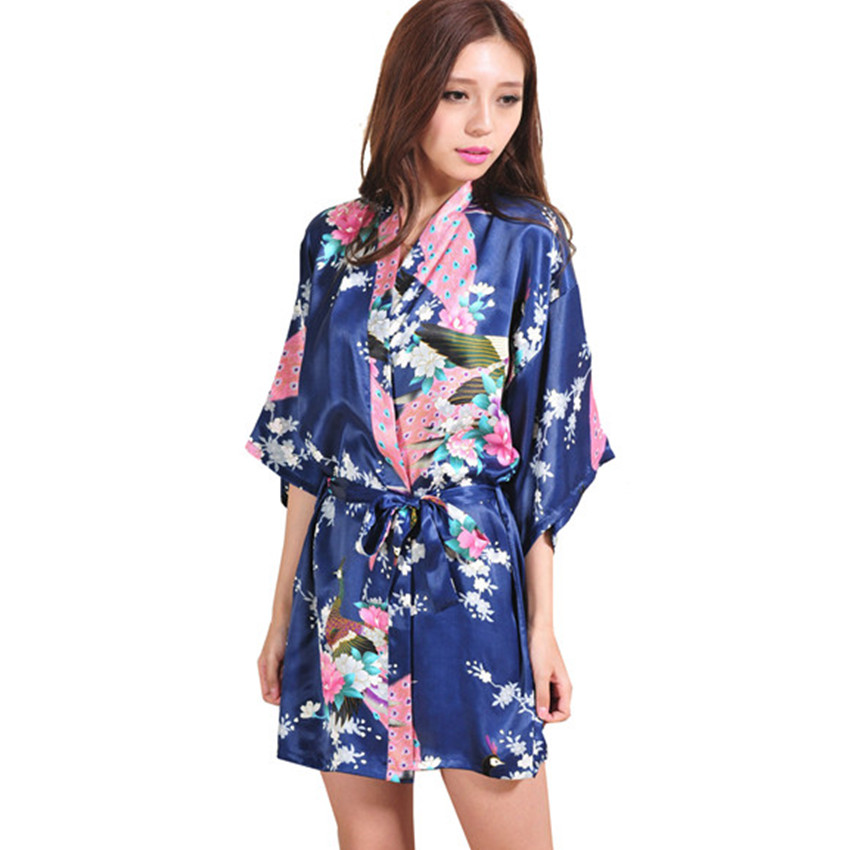 Providing Chinese Clothing Since , Good Orient has happily designed and sold hand tailored custom Chinese Dresses, Qipao, Cheongsam, and Wedding Dresses.
