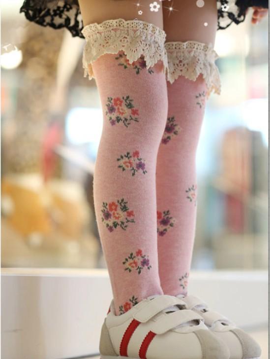 ЭМС 100pairs/путешествия цветочные девочка кружева колено-высокие носки принцесса носки ботинок балета носить гетры 1-8лет