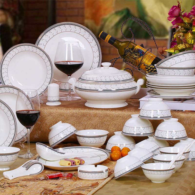 Married dinnerware set dinnerware set fashion 58 royal bone china tableware bowl plate(China (Mainland))