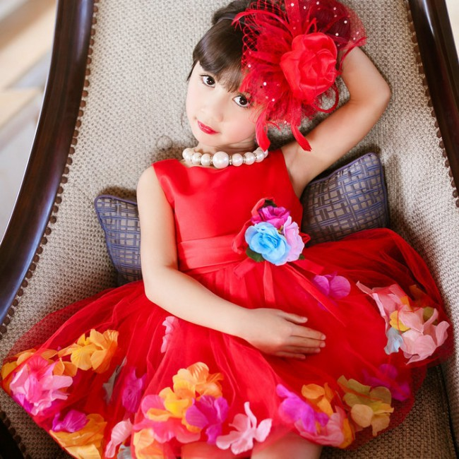 Здесь можно купить  EMS/DHL Free shipping 2015 New Girls Summer Sleeveless Red Petals Wholesale Princess Dress EMS/DHL Free shipping 2015 New Girls Summer Sleeveless Red Petals Wholesale Princess Dress Детские товары