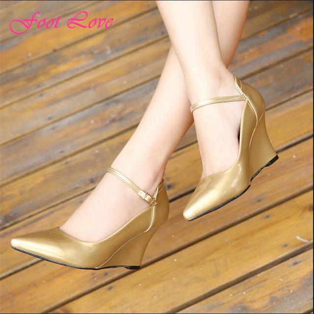 Женщины туфли на высоком каблуке европейский стиль новый острым носом мелкая клинья высокие каблуки свободного покроя пряжка ремня женская обувь размер 35 - 40