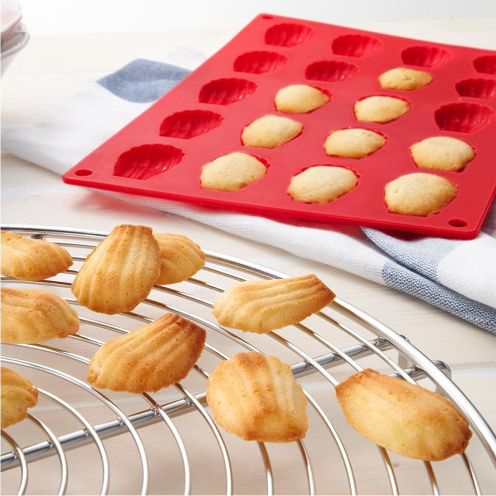 Cute Shape Cake Mold Die 20 Holes Red Silicone Heat Resistant Baking Pan Biscuits Mould Tray Plate 29.7*19.7CM Free Shipping(China (Mainland))