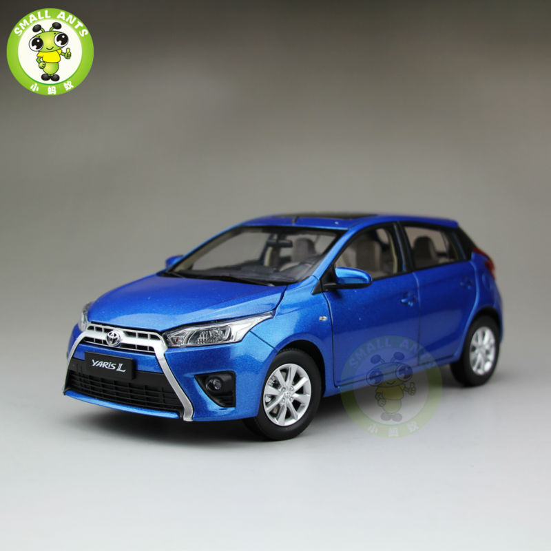 1:18 Toyota New Yaris L Diecast Car Model Blue(China (Mainland))