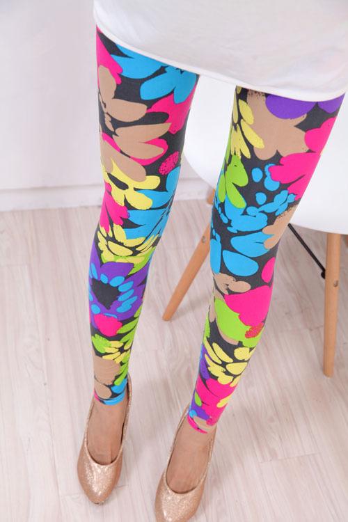 2015 Rushed Geometric Sport Women Leggings Hot Elastic Design Vintage for Graffiti Leggings for Women free