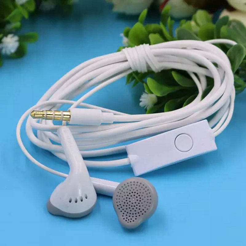 New 3.5mm super bass Earphone In-Ear Earbuds For Mobile phones computers MP3 MP4 Earphones for iPhone 6s Samsung xiaomi redmi(China (Mainland))