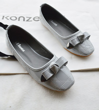 2015 Korean women s singles round flat embroidered shoes casual bow size shoes 668 12