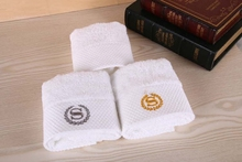 Luxury 10pcs/lot Hand Towels 100% Cotton 32x32cm 60g Golden Silver S logo Letter Hotel Beach Towels Home Textile(China (Mainland))