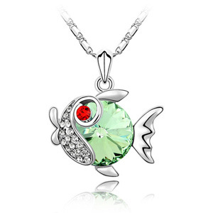 Exquisite sweet fish pendant necklaces made with Swarovski Elements women goldfish Austrian crystal necklace chain for girl(China (Mainland))