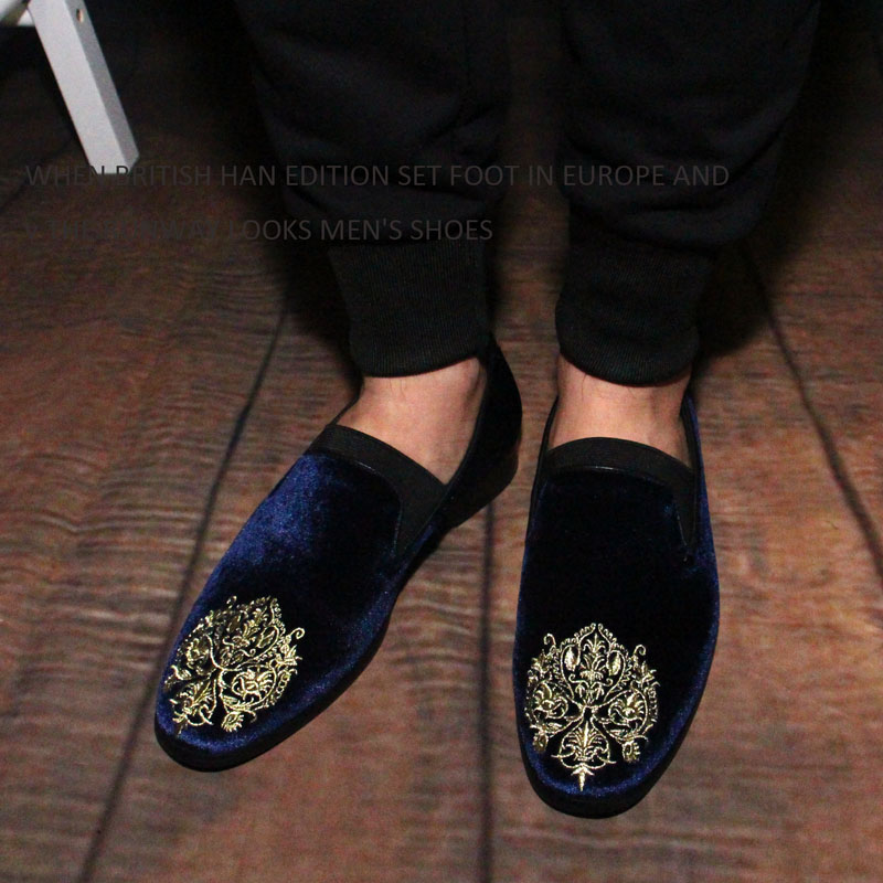 British fashion embroidery set foot lazy loafer men shoes black velvet blue loafer Korean flat leisure shoes zapatillas hombre(China (Mainland))