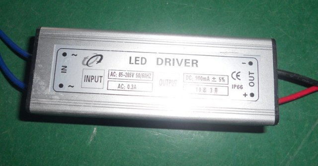 1*30W LED constant current driver, IP68;AC90-260V input,for driving 30W integrated LED(10series*3perellel)
