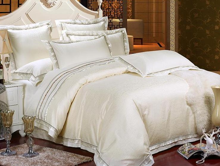 Conjuntos de cama de luxo de cetim de algodão colchas rei Queen size roupa de cama tampa colcha conjunto(China (Mainland))