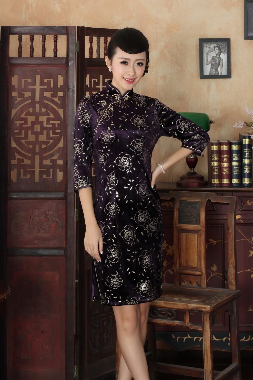 Здесь можно купить  Vogue New  Chinese Tradtional Mid-Aged Lady Qipao High Quality Silk Velour Cheongsam Flower Dress Size S To XXXL WC026  Одежда и аксессуары