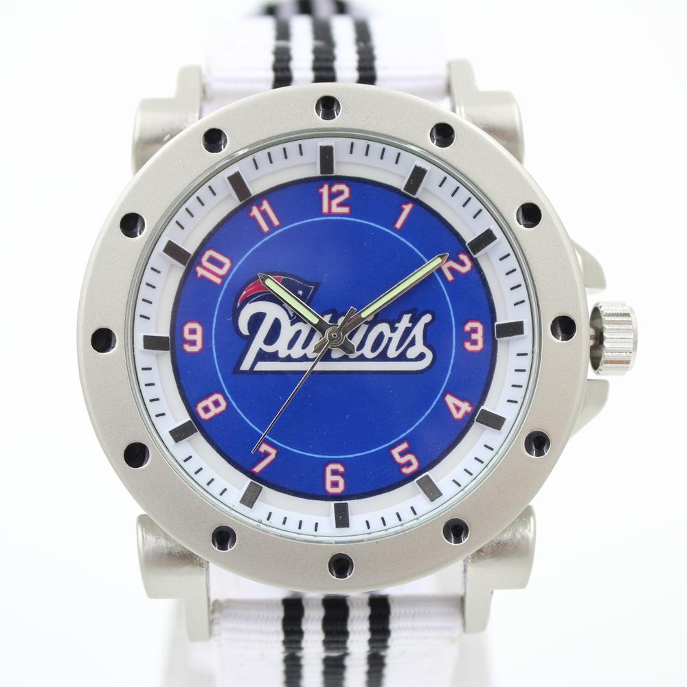 New England Patriots!US New England Patriots Football Souvenir WristWatches Super Bowl Championship Ring Jewelry Sport Watch(China (Mainland))