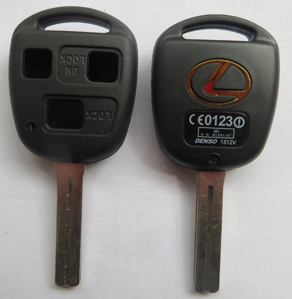 L67-1 free shipping Lexus transponder 3 button car key blank shell with toy48 short blade(China (Mainland))