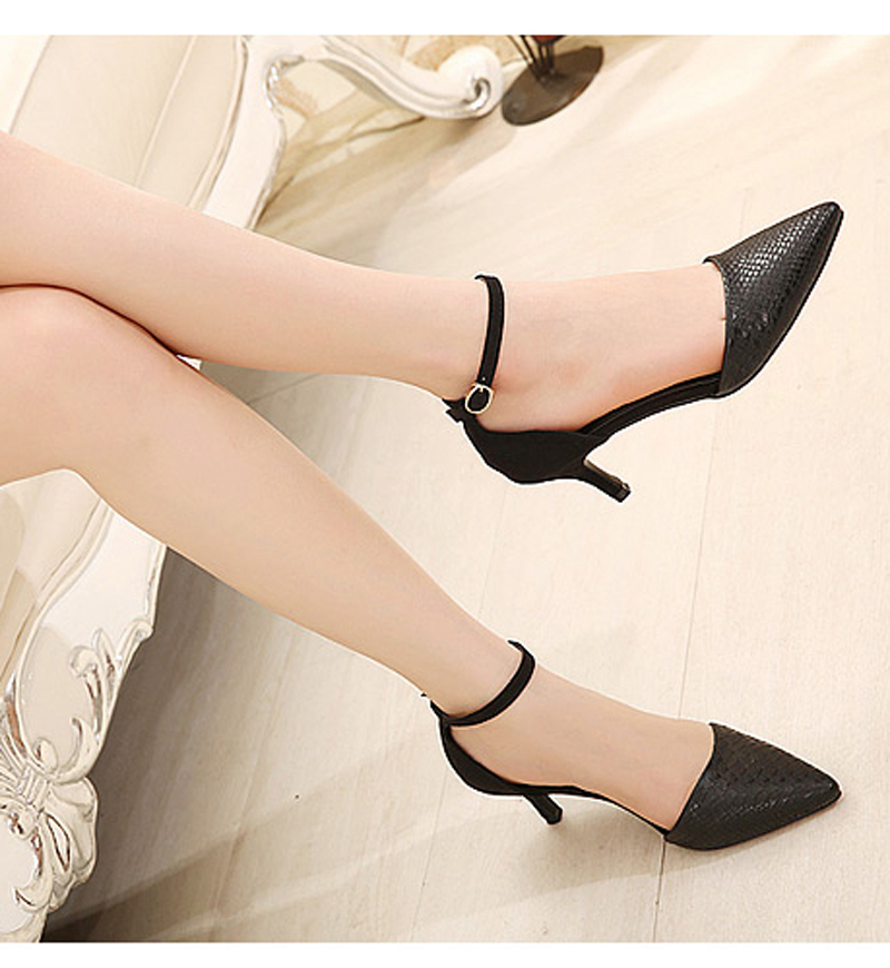 2016 New Sexy white/black color High Heels Shoes Women Pointed Toe Party Shoes Woman Fashion High Heel Pumps Woman EU size 35-39(China (Mainland))