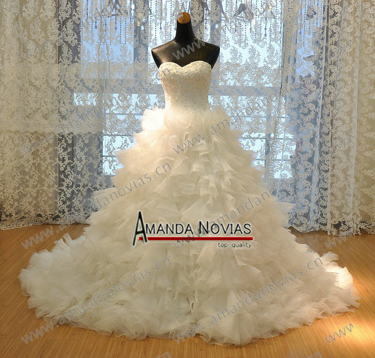New luxurious sweetheart high end organza ruffles maid of for Made of honor wedding dress