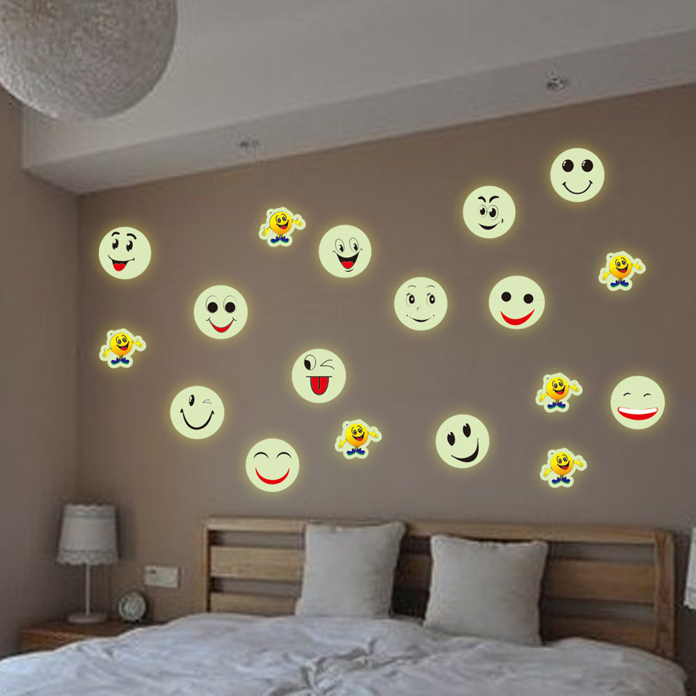 21 30cm free shipping wholesale vinyl pvc stencils wall stickers emoji stickers for home. Black Bedroom Furniture Sets. Home Design Ideas