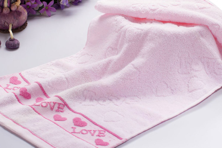 Cotton towels print Heart High quality towel free shipping(China (Mainland))