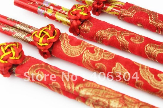 Free shipping, Wood Chinese chopsticks,Wedding chopsticks,wedding gift,wedding favors.Chinese Dragon&Phoenix Printed(China (Mainland))