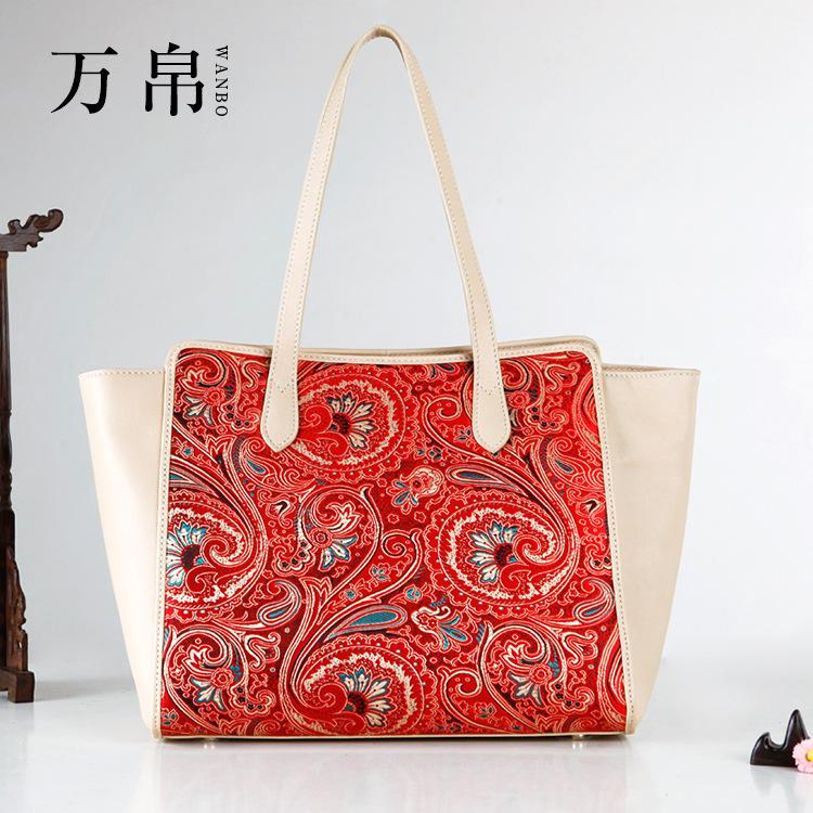 2015 new fashion women handbag handmade embroidery luxury Brocade guaranteed 100% genuine leather characteristics lady bags(China (Mainland))