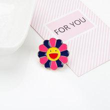 Spilla signore Giappone Murakami colorato sacchetto di semi di girasole collare collare di metallo pin distintivo del fumetto gioielli per bambini(China)