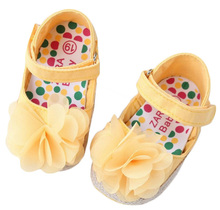 Fashion yellow flower baby shoes first walker soft sole non-slip baby girl prewalker shoes comfortable toddler shoes girls flats(China (Mainland))