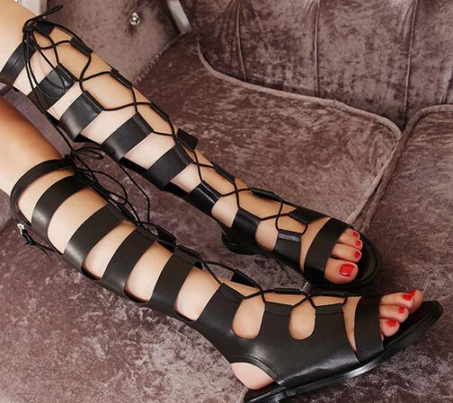 Горячая распродажа черный колено высокие сандалии гладиаторов женщины выдалбливают ...