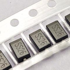 50PCS SS26 SMD Schottky Barrier Rectifier Diode 2A 60V DO-214AC SMA(China (Mainland))