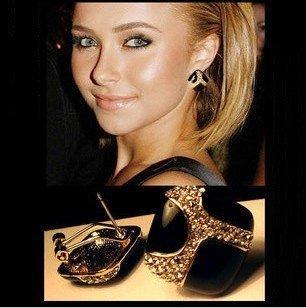 T16 wholesale sexy  vintage  fashion Pop retro luxury black glaze earrings for women ear studs