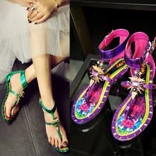 Europa marca 2015 mbt Zapatos Mujer gladiador planas de los Zapatos recortes verde / negro / púrpura remaches y diamantes de imitación mujeres Patry sandalias