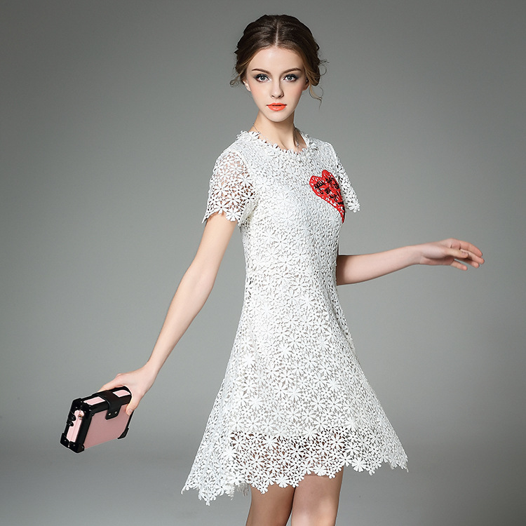 womens fashion in the spring of 2016 new water soluble lace dress T-shirt embroidery slim A-line  short sleeved aОдежда и ак�е��уары<br><br><br>Aliexpress
