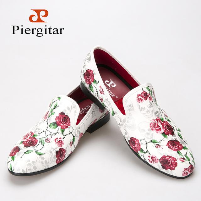 Piergitar 2016 Новый стиль череп и цветы печатает белый цвет мужской обуви мода мужчины ...