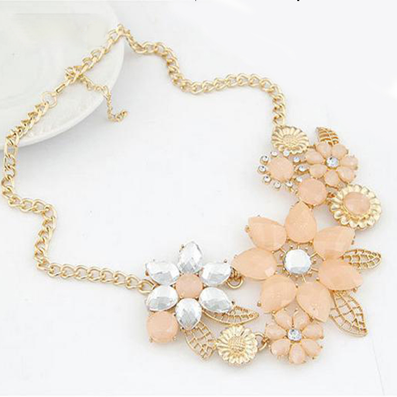 Top Fashion Trendy Power Necklaces Women Resin Collare Mujer New Fashionable Bright Flower Necklace Charm And Pendant Gift AN131(China (Mainland))
