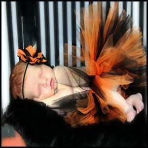 משלוח חינם! תינוק בייבי בוטיק אופנה תחרה בד קפלים Petti רומפר חמוד פוש Rompers סרבל