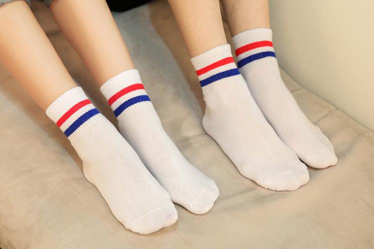 2016 Korean new boutique cotton Harajuku two bars College retro casual sports socks female couple(China (Mainland))