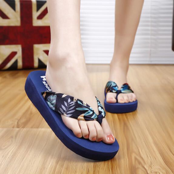 Fashion Soft Satin Flower Women Summer Beach Flip Flops Thick Sole Flat Platform Shoes Casual Toe Clip Beach Shoes Girl Slipeprs<br><br>Aliexpress