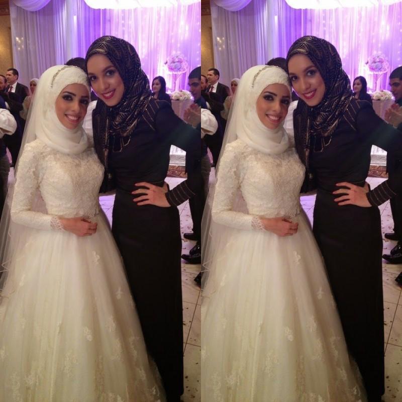 2015 Custom Made Vintage High Neck White Long Sleeves Muslim Dubai Long A Line Lace Hijab Wedding Dresses Plus Size LA060211(China (Mainland))