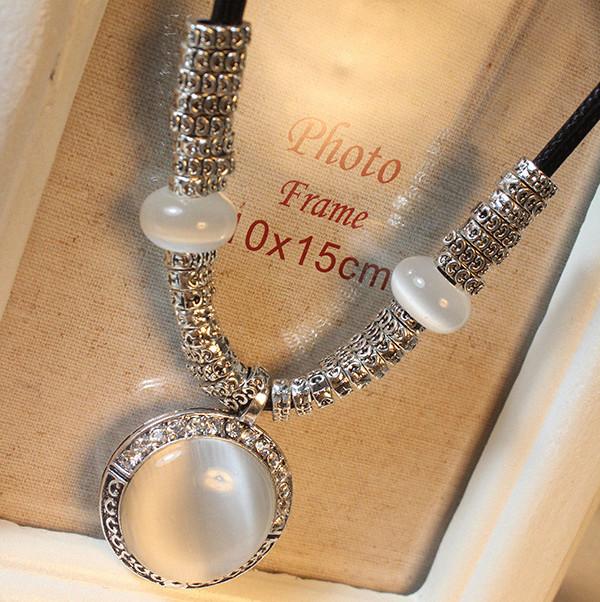 Colar Femininos Vintage Round Opal Necklaces Pendants Fashion Collares Choker for Women Jewelry Bijoux 2016 Accessories