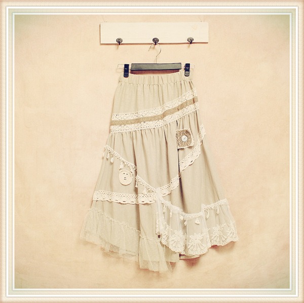 2015 Spring New Ladies Vintage Skirt Japanese Mori Girl Literary Cotton Lace Patchwork Embroidery Print Asymmetric Women Skirt(China (Mainland))