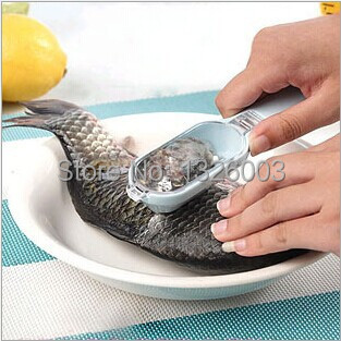 Kitchen Cooking Fish Scale Cleaning Remover Device Safety Scraping Fish Scales Oyster Planing Knife Kitchen Living Supply Peeler(China (Mainland))